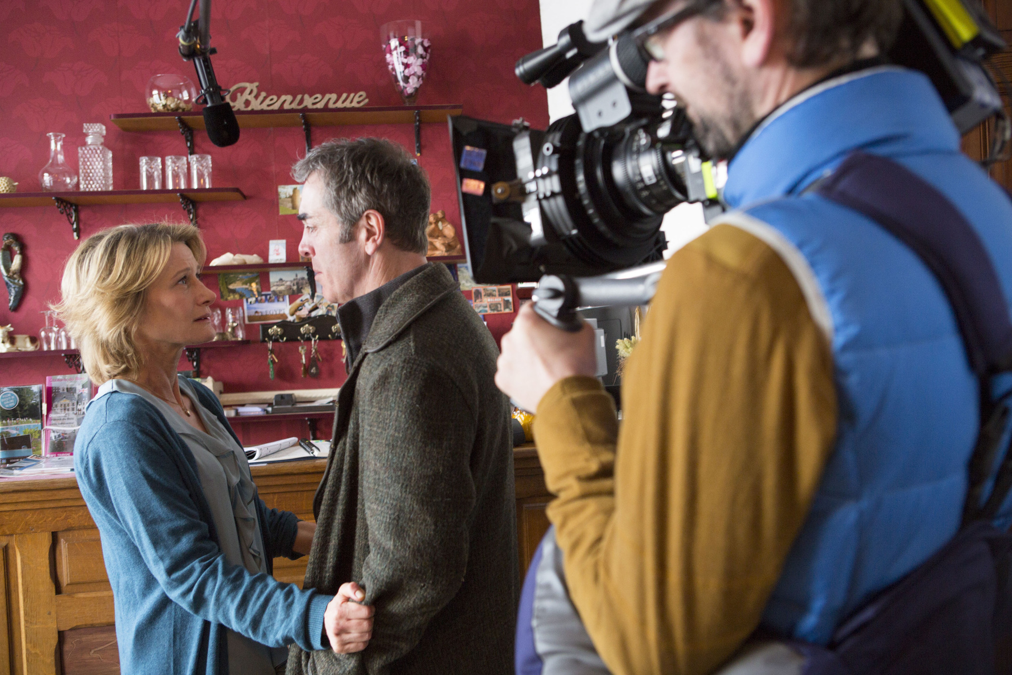 Programme Name: The Missing - TX: n/a - Episode: behind the scenes (No. n/a) - Picture Shows: (L-R) Sylvie (ASTRID WHETTNALL), Tony (JAMES NESBITT) - (C) New Pictures Ltd 2014 - Photographer: Jules Heath