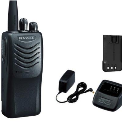 SET of 2 Motorola Walkie talkies